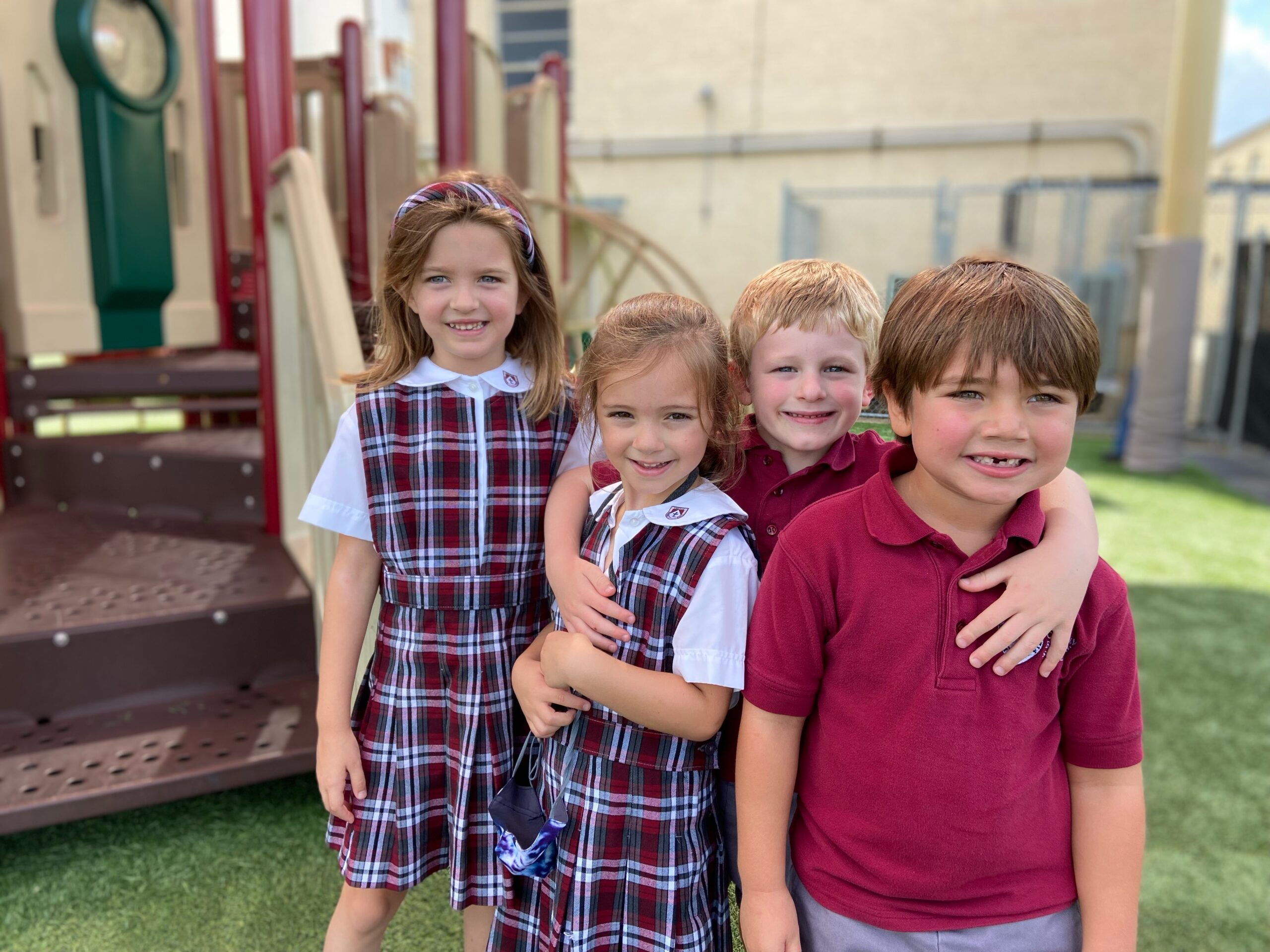 lower_school_boys_and_girls_outside